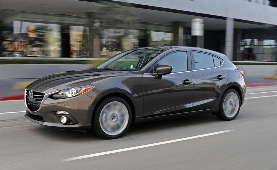 2014 Mazda 3 hatchback - Slide 1