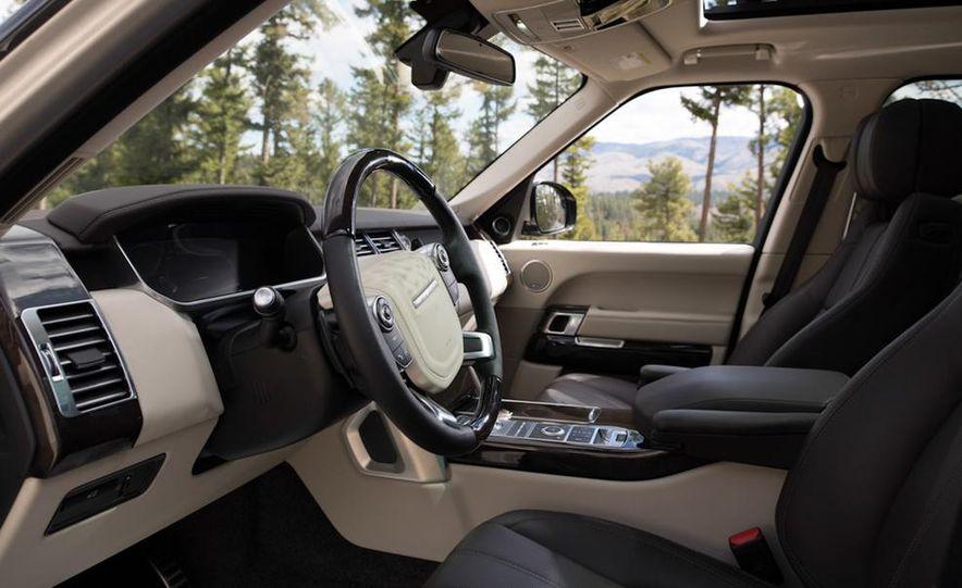 2014 Land Rover LR2 HSE - Slide 17