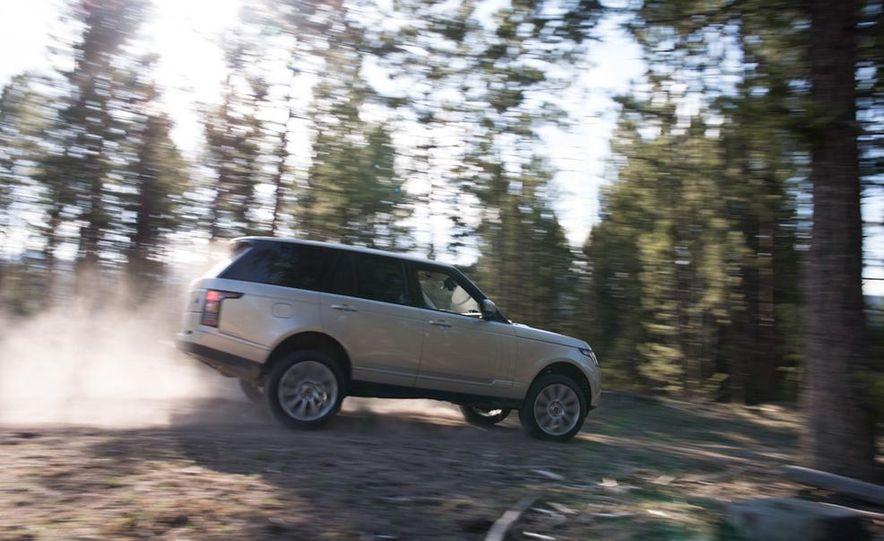 2014 Land Rover LR2 HSE - Slide 15