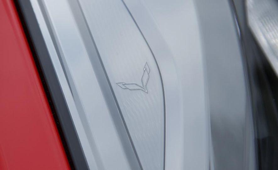 2014 Chevrolet Corvette Stingray - Slide 11
