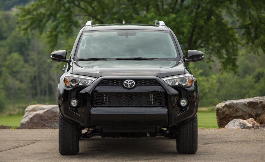 2014 Toyota 4Runner Limited - Slide 10