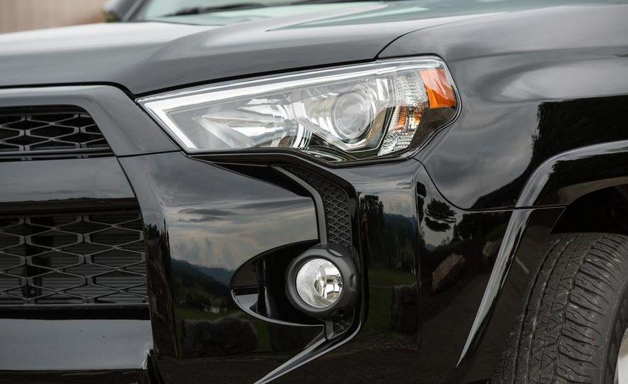 2014 Toyota 4Runner Limited - Slide 13