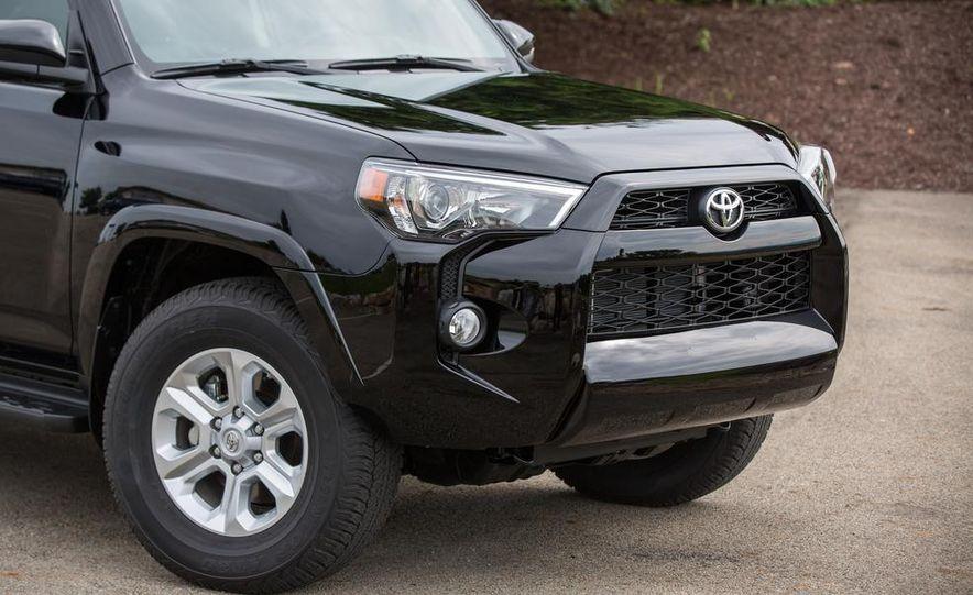 2014 Toyota 4Runner Limited - Slide 14