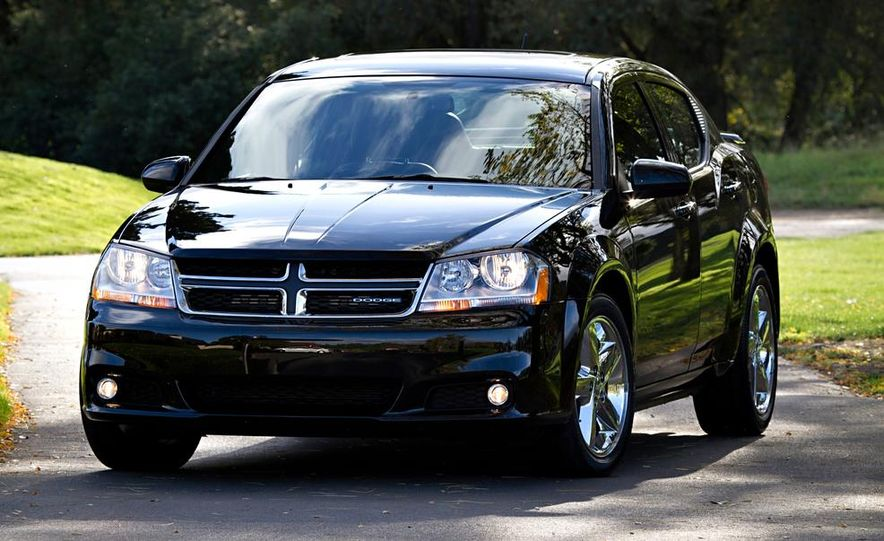 2014 Dodge Avenger R/T - Slide 2