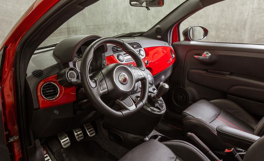 2014 Fiat 500 Turbo - Slide 9