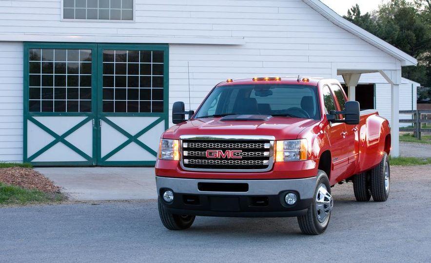 2013 Chevrolet Colorados - Slide 21