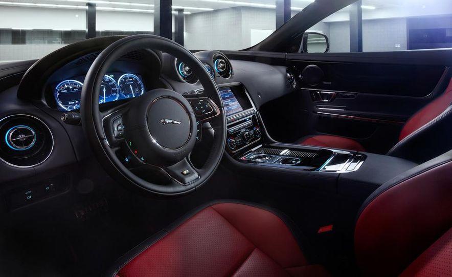 2014 Jaguar F-type V-6 roadster - Slide 12