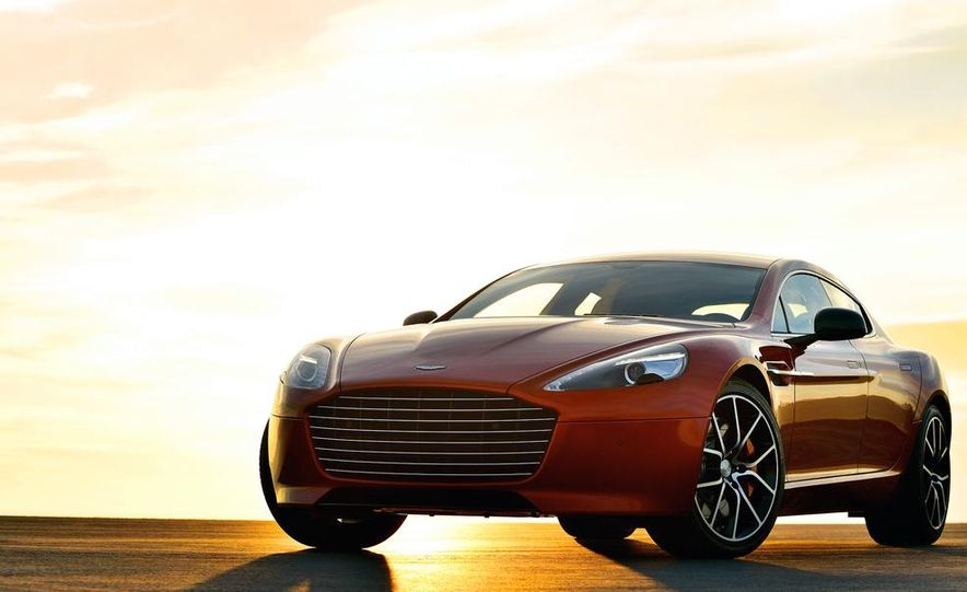 2014 Aston Martin DB9 - Slide 5