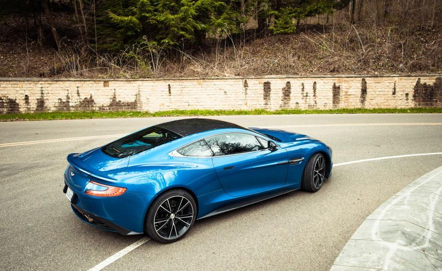 2014 Aston Martin DB9 - Slide 15