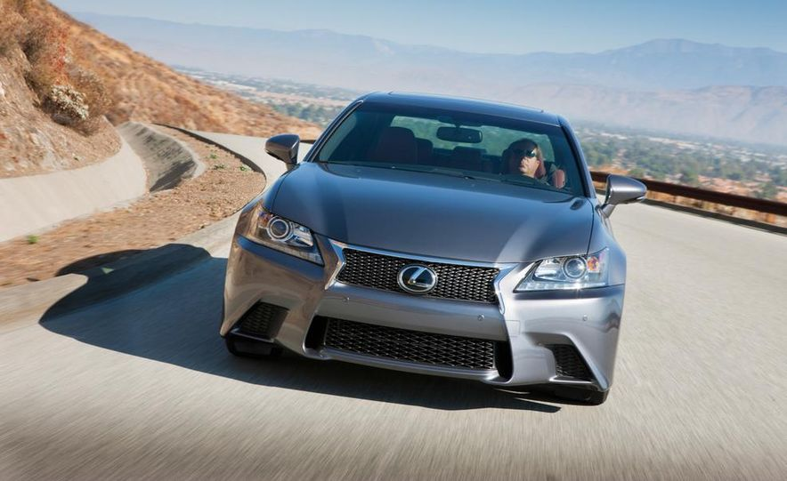 2015 Lexus GS F (spy photo) - Slide 9