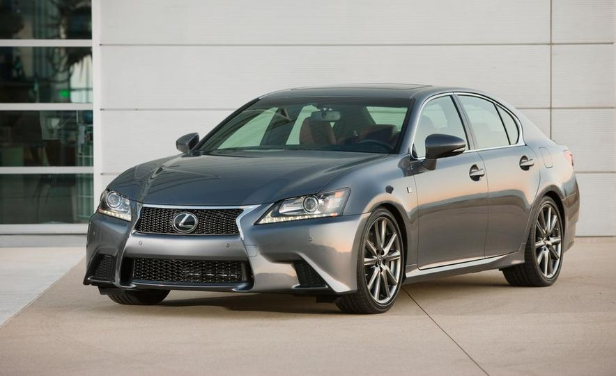 2015 Lexus GS F (spy photo) - Slide 12