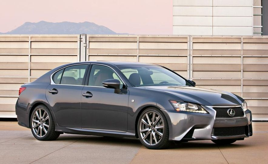 2015 Lexus GS F (spy photo) - Slide 16