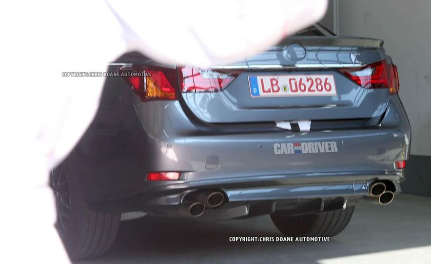 2015 Lexus GS F (spy photo) - Slide 5