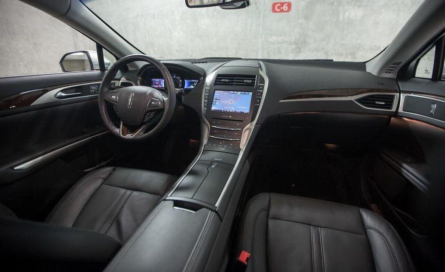 2013 Lincoln MKZ 2.0H - Slide 8