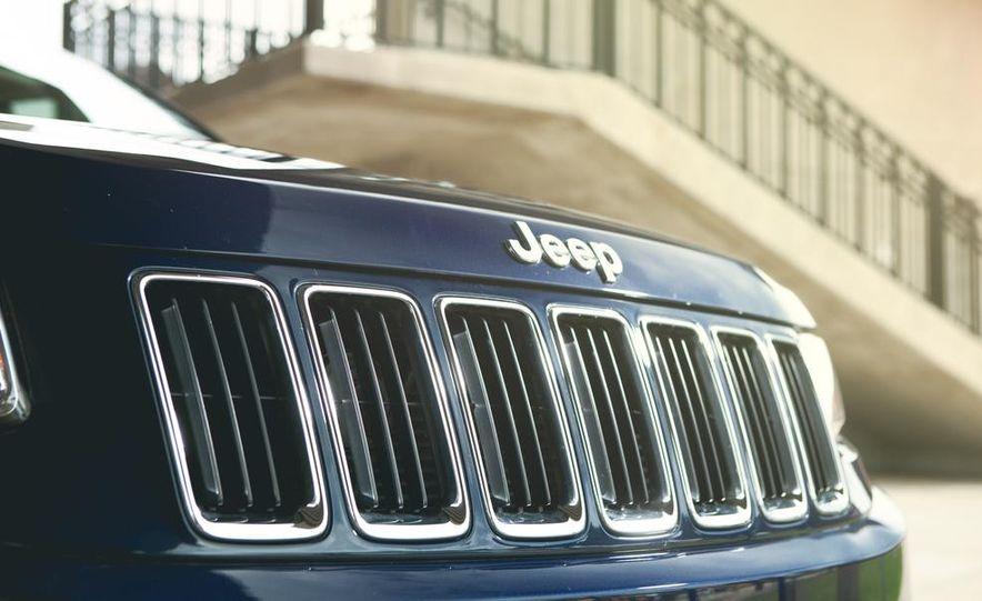 2014 Jeep Grand Cherokee Limited - Slide 18