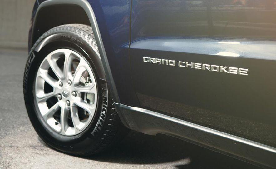 2014 Jeep Grand Cherokee Limited - Slide 20