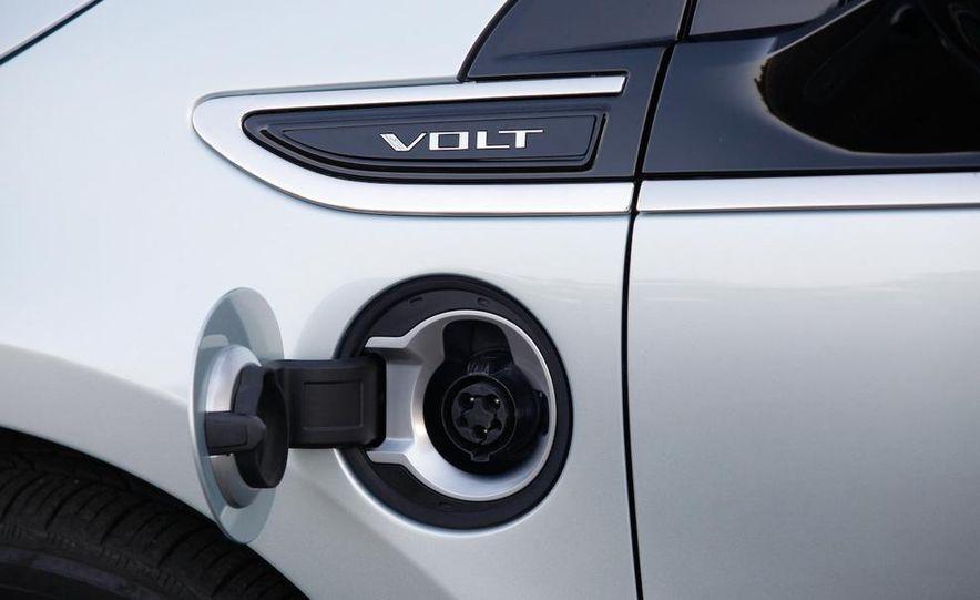 2014 Chevrolet Spark EV - Slide 40