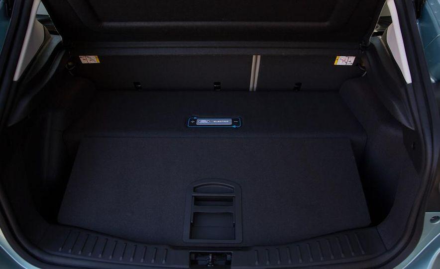2014 Chevrolet Spark EV - Slide 86