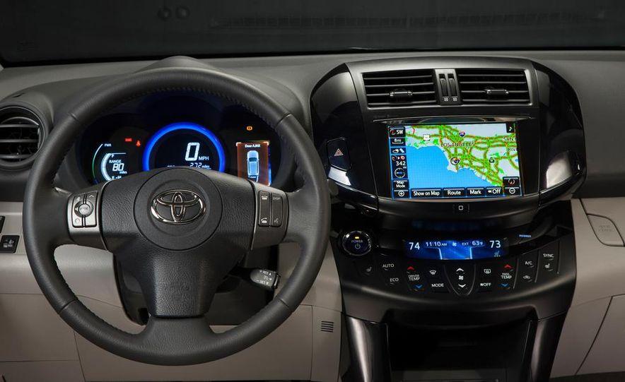 2014 Chevrolet Spark EV - Slide 192