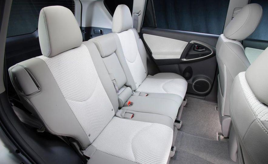 2014 Chevrolet Spark EV - Slide 196