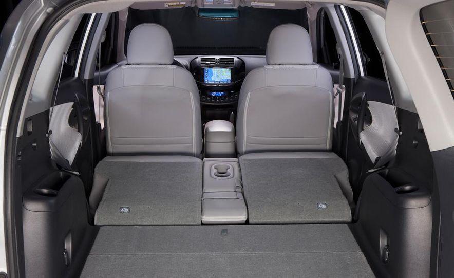 2014 Chevrolet Spark EV - Slide 198