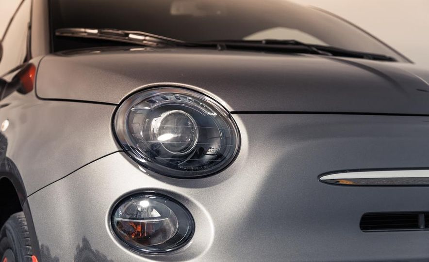 2014 Chevrolet Spark EV - Slide 52