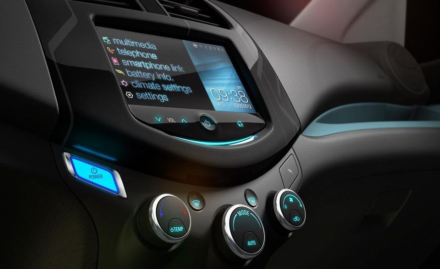 2014 Chevrolet Spark EV - Slide 19
