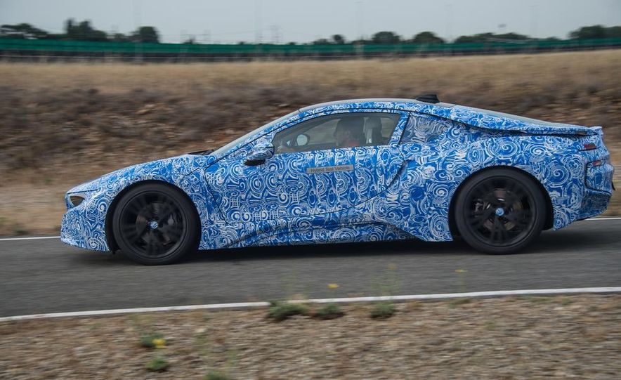2015 BMW i8 prototypes - Slide 2