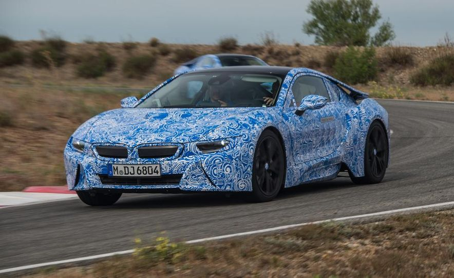 2015 BMW i8 prototypes - Slide 3