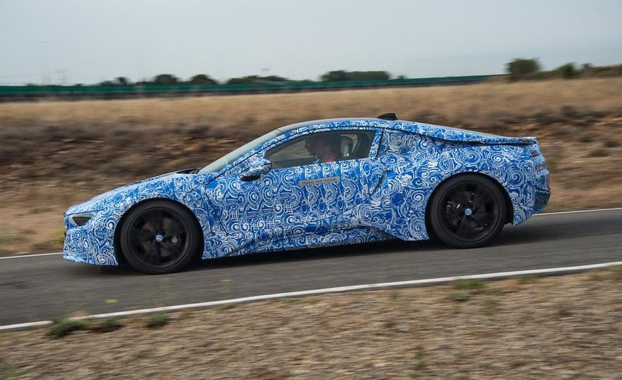 2015 BMW i8 prototypes - Slide 4