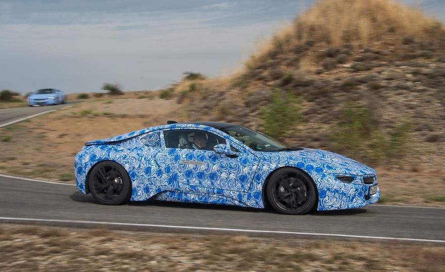 2015 BMW i8 prototypes - Slide 5
