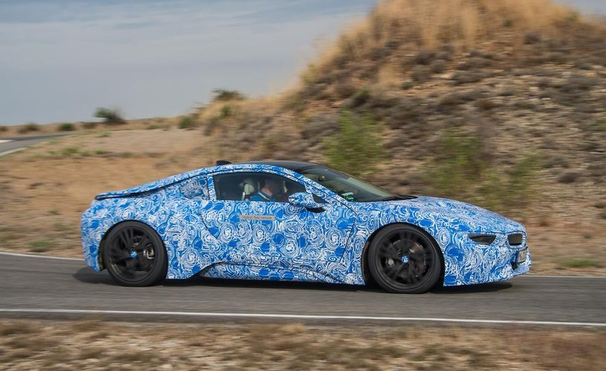 2015 BMW i8 prototypes - Slide 6