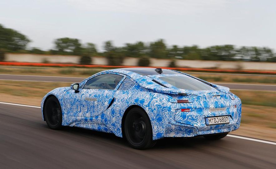 2015 BMW i8 prototypes - Slide 11