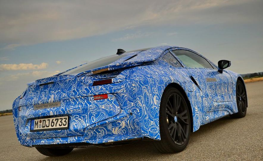 2015 BMW i8 prototypes - Slide 12