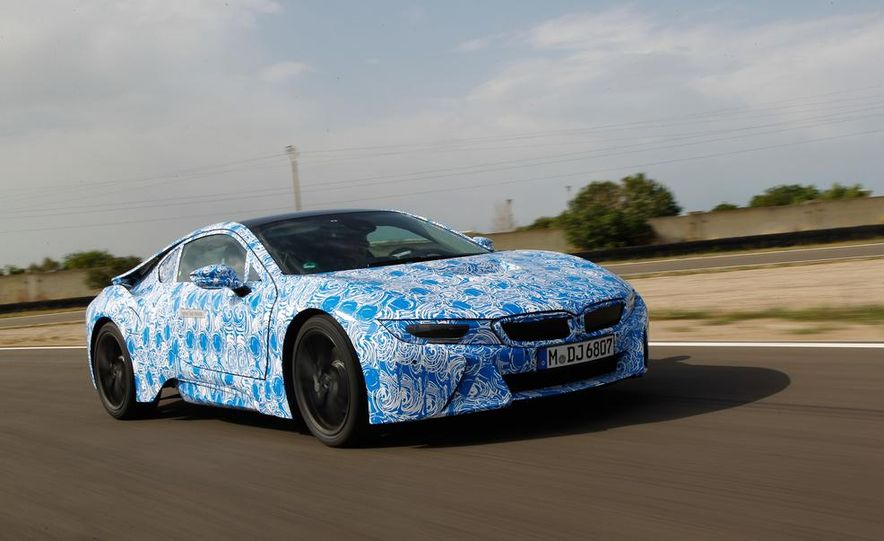 2015 BMW i8 prototypes - Slide 17