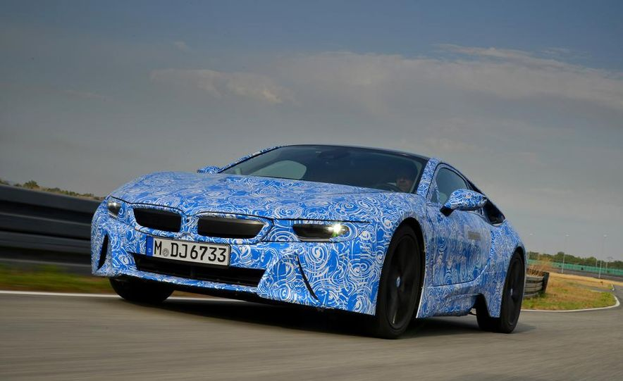 2015 BMW i8 prototypes - Slide 19
