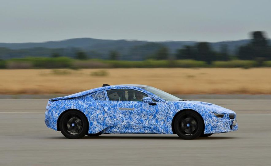 2015 BMW i8 prototypes - Slide 23