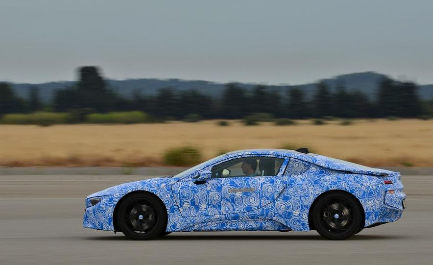 2015 BMW i8 prototypes - Slide 24