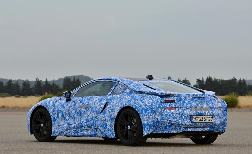 2015 BMW i8 prototypes - Slide 25