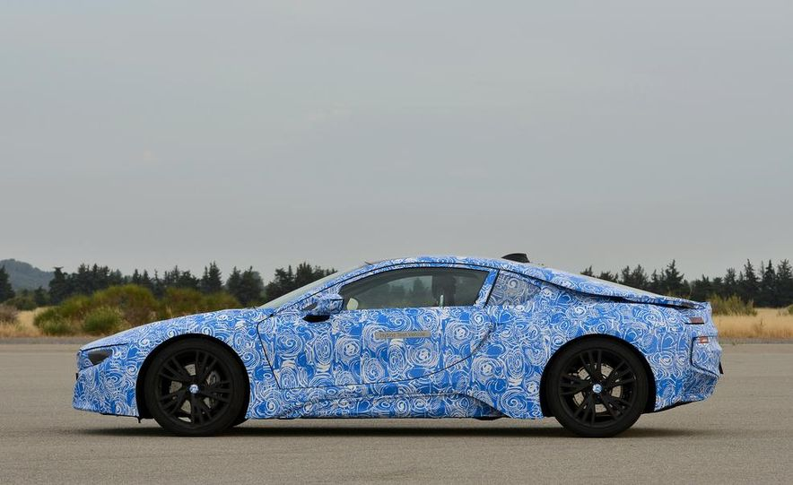 2015 BMW i8 prototypes - Slide 27