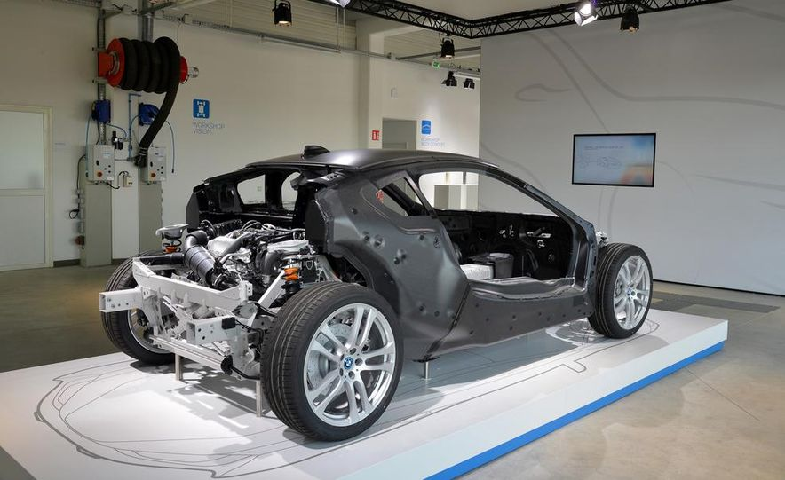 2015 BMW i8 prototypes - Slide 43
