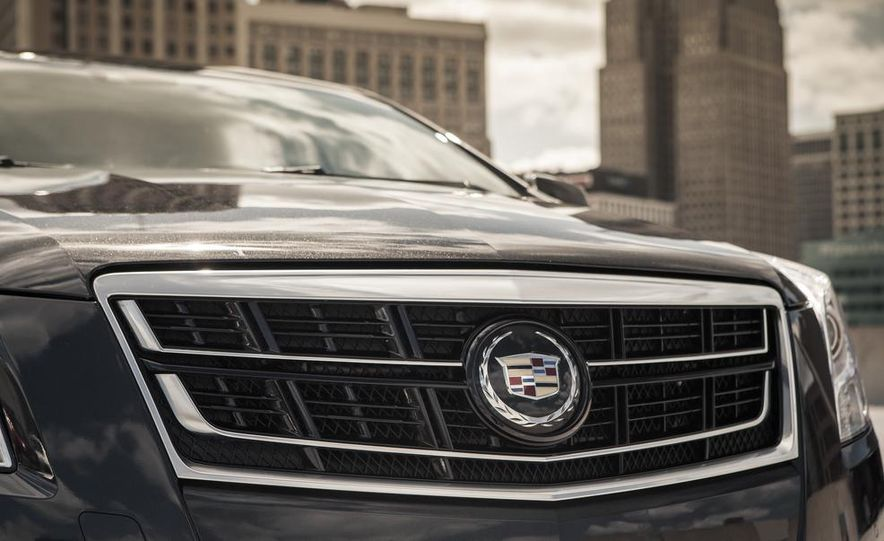 2014 Cadillac XTS Vsport - Slide 10