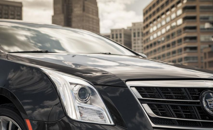 2014 Cadillac XTS Vsport - Slide 9