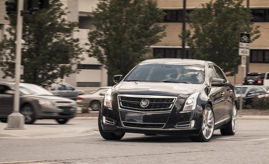 2014 Cadillac XTS Vsport - Slide 2