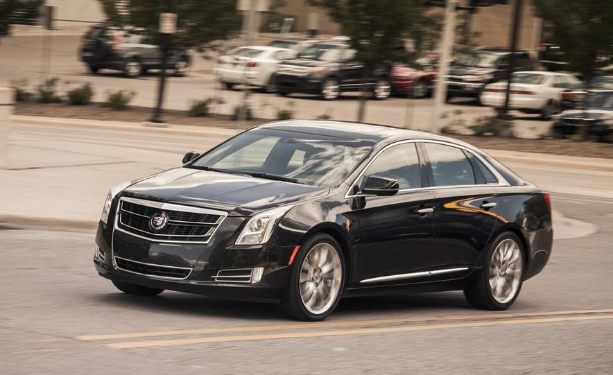2014 Cadillac XTS Vsport - Slide 1