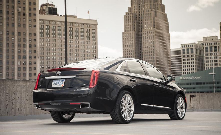 2014 Cadillac XTS Vsport - Slide 8