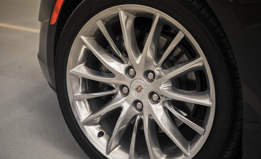 2014 Cadillac XTS Vsport - Slide 11
