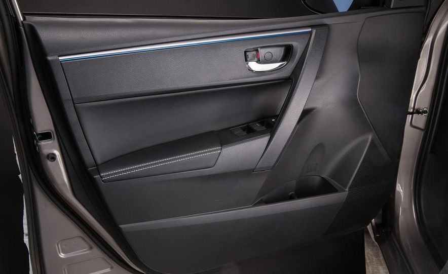2014 Toyota Corolla S - Slide 77