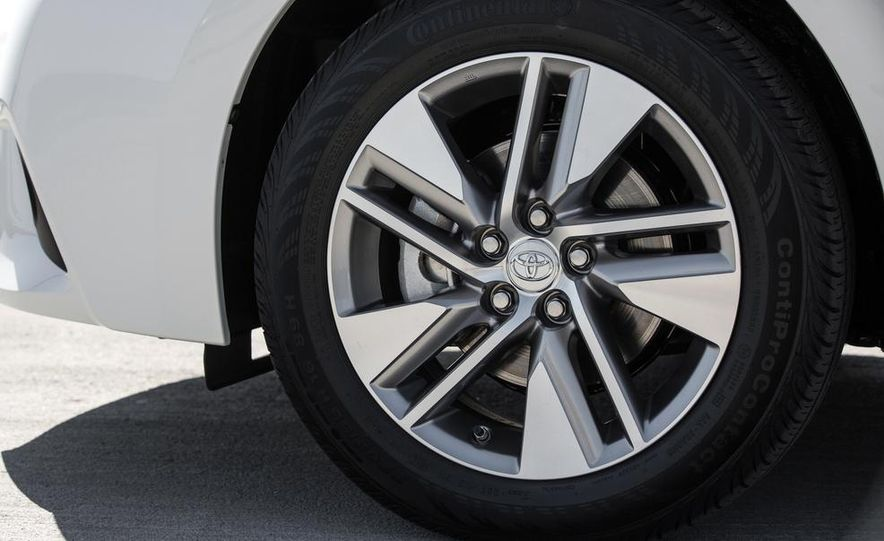 2014 Toyota Corolla S - Slide 52