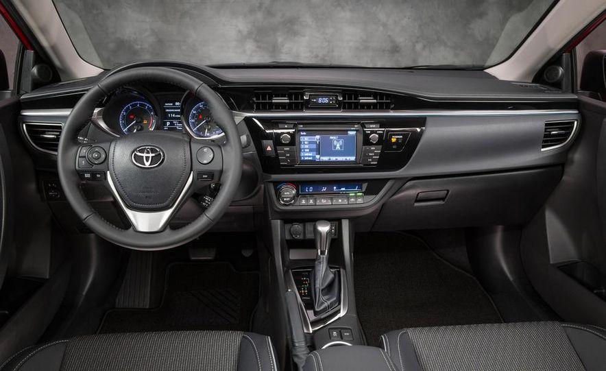 2014 Toyota Corolla S - Slide 9